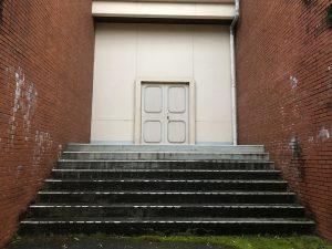 音楽堂裏手階段