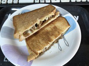 納豆チーズサンド